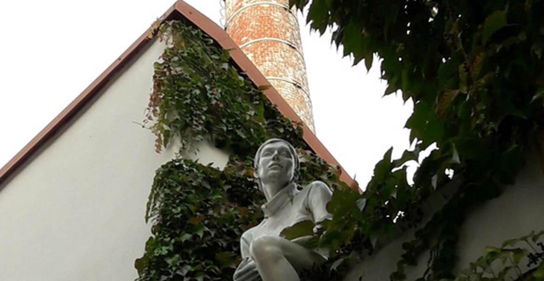 prague naprstkova sculpture urbaine