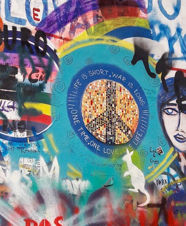 prague republique tcheque John Lennon wall art