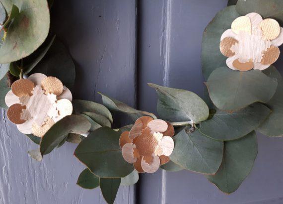 diy tutoriel couronne papier noel fleurs
